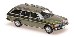 Mercedes (W123) 230TE 1982 green metall